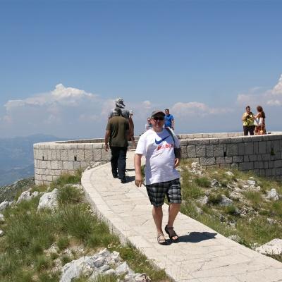Mauzoleum Niegosza - Park Narodowy Lovćen - platforma widokowa za mauzoleum