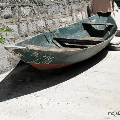 miejscowość Rijeka Crnojevića - tutaj czas płynie wolno. Turystów brak.