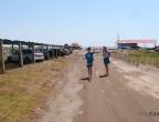 Ulcinj - Velika Plaža - szeroka, piaszczysta plaża w Czarnogórze - parking z zadaszeniem przy plaży